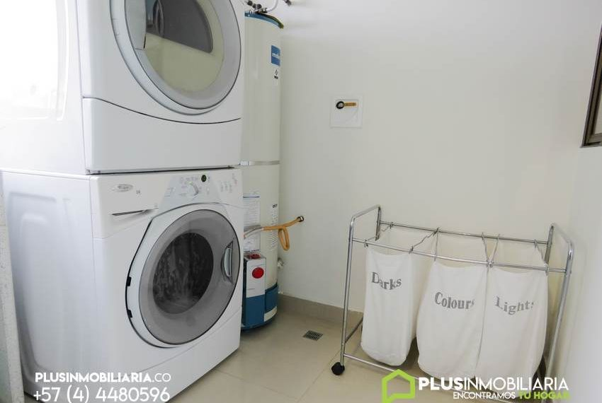 Apartamento Amoblado en Robles de la Calera | El Poblado | A275