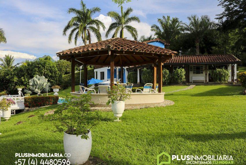 Venta de Finca de Recreo   Bolombolo, Antioquia   V231